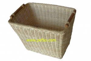 114403 Rattan Laundry Basket