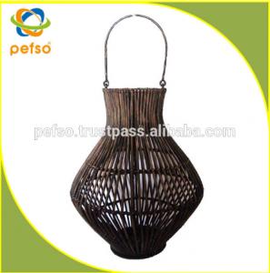 332205 Natural Rattan Lantern