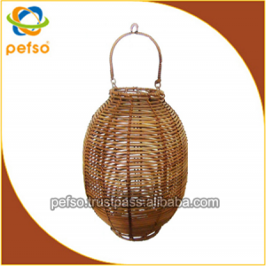 332208 Natural Rattan Lantern