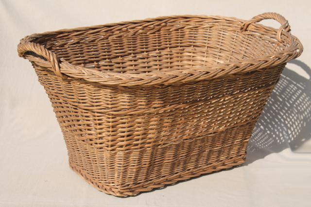 114407 rattan laundry basket. Black Bedroom Furniture Sets. Home Design Ideas