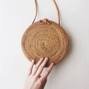 117701 – Round Rattan Shoulder-Crossbody Bag